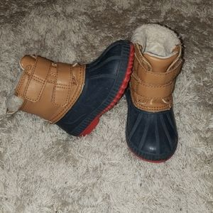 Old Navy Toddler boy duck/snow boots. Size 7